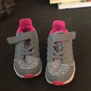 adidas Shoes - Adidas toddler girl sneaker.